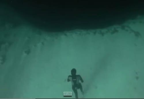 VIDEO: Caída libre en una fosa submarina