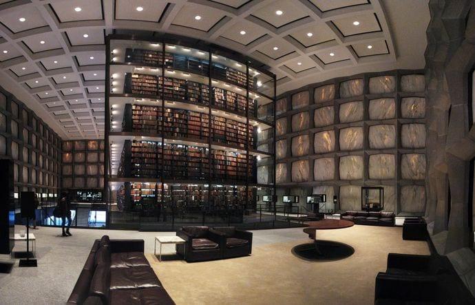 biblioteca de Yale