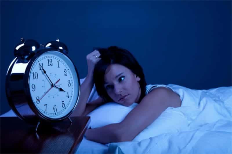 ¿Cómo influye la falta de sueño en la memoria?