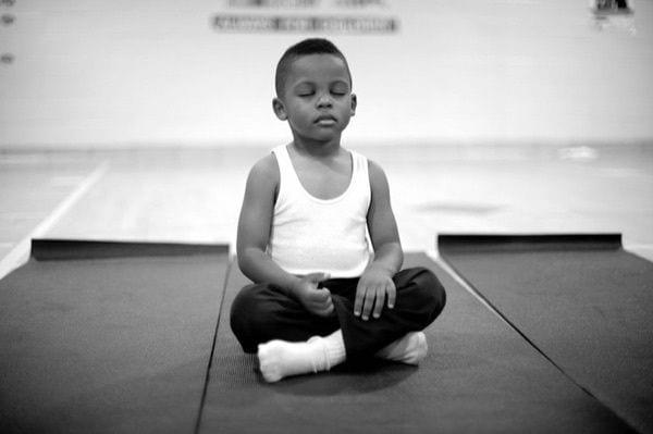 meditacion en colegio