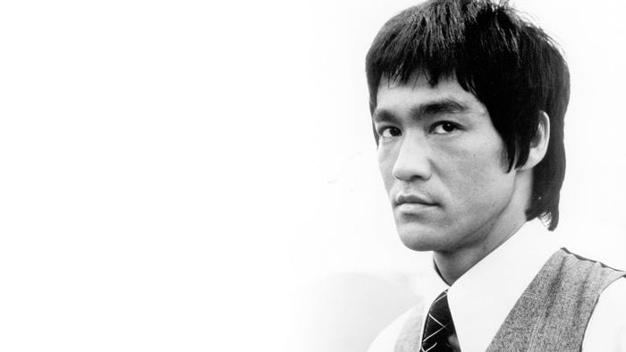 20 frases de Bruce Lee y 20 reflexiones sobre las mismas