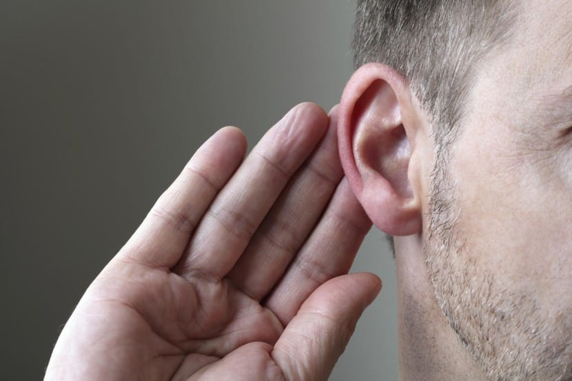 escucha activa en la conversación