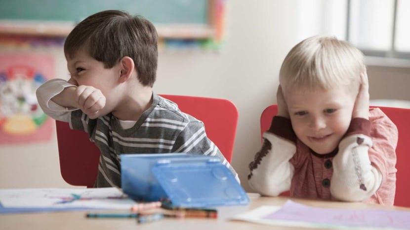 Niños cojn problemas de conducta e hiperlexia