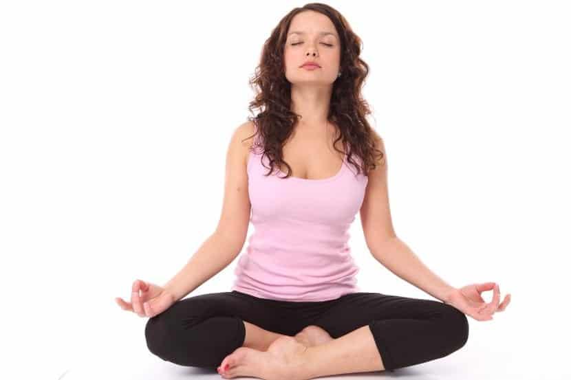 ideas para practicar yoga en casa