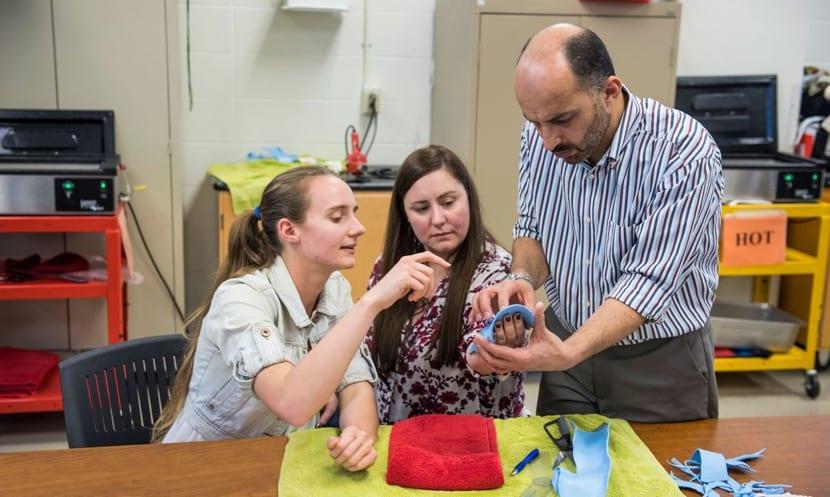 Creación prótesis por terapeutas ocupacionales