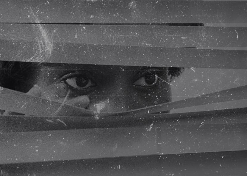 paranoia de que alguien te espia