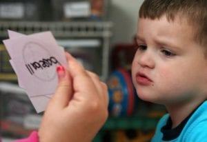 terapia para nene con oligofrenia