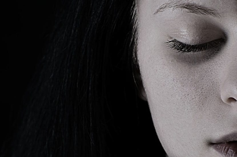 sentimiento negativo de tristeza