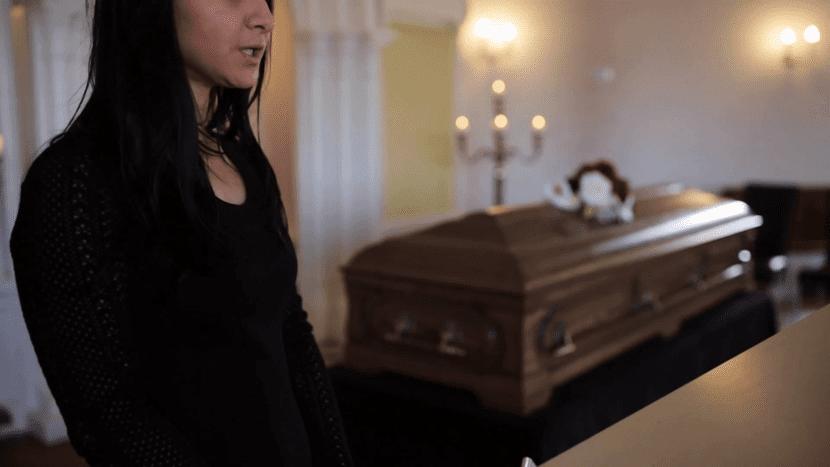 condolencias en un entierro
