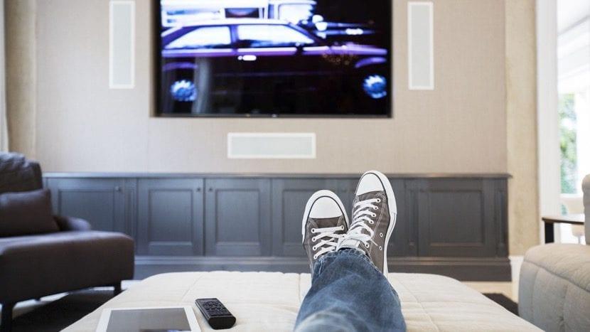 mirar la tele tranquilo