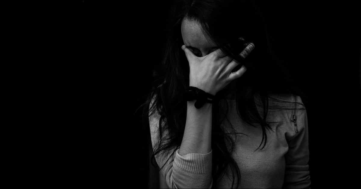mujer con mucha ansiedad