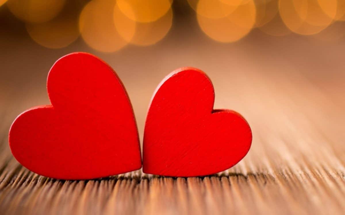 corazones en una relacion