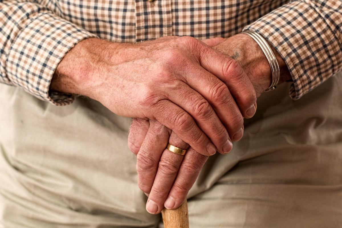 Es importante decir frases bonitas a los abuelos