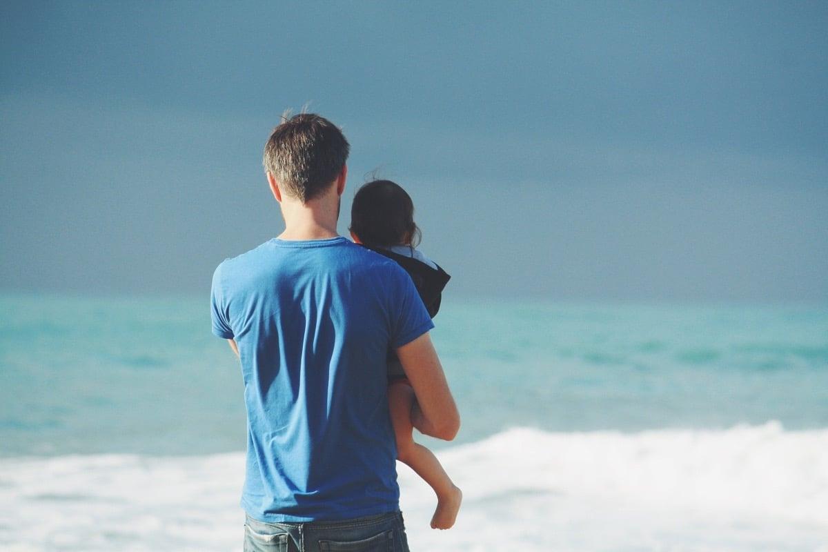 Deja que tu padre disfrute de la paternidad